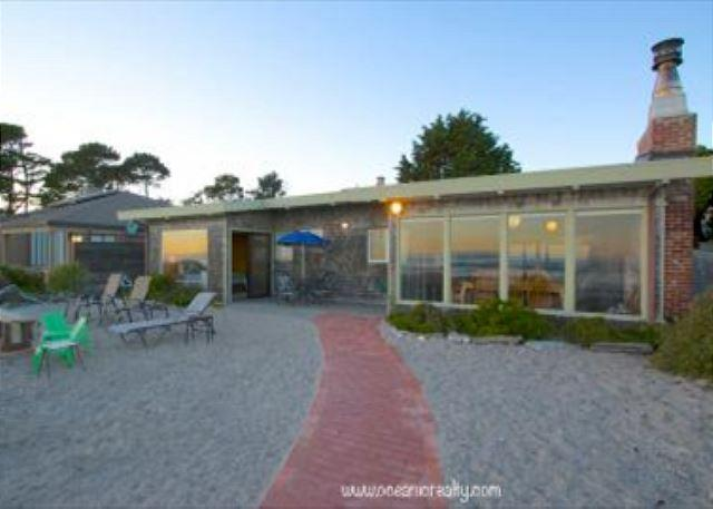 Charming cottage on Seadrift Beach with ocean views - Image 1 - Stinson Beach - rentals