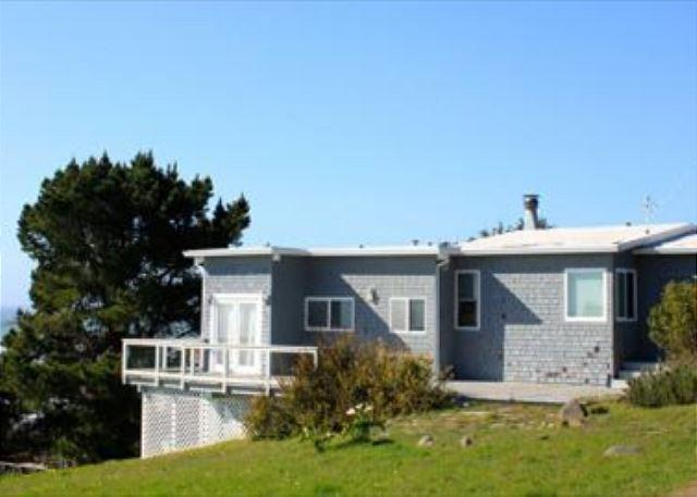 Classic two bedroom home with ocean views - Image 1 - Bolinas - rentals