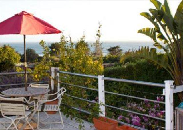 Sunset views from the deck of this bungalow on the Hill with Hot Tub! - Image 1 - Stinson Beach - rentals