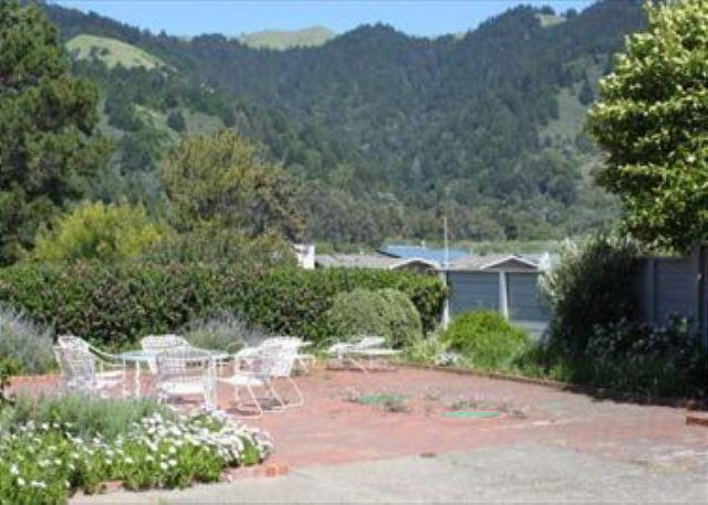 Original Oceanfront Home in Seadrift - Image 1 - Stinson Beach - rentals