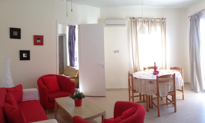 104 First Floor 1 Bedroom Apartment Kato Paphos - Image 1 - Lachi - rentals