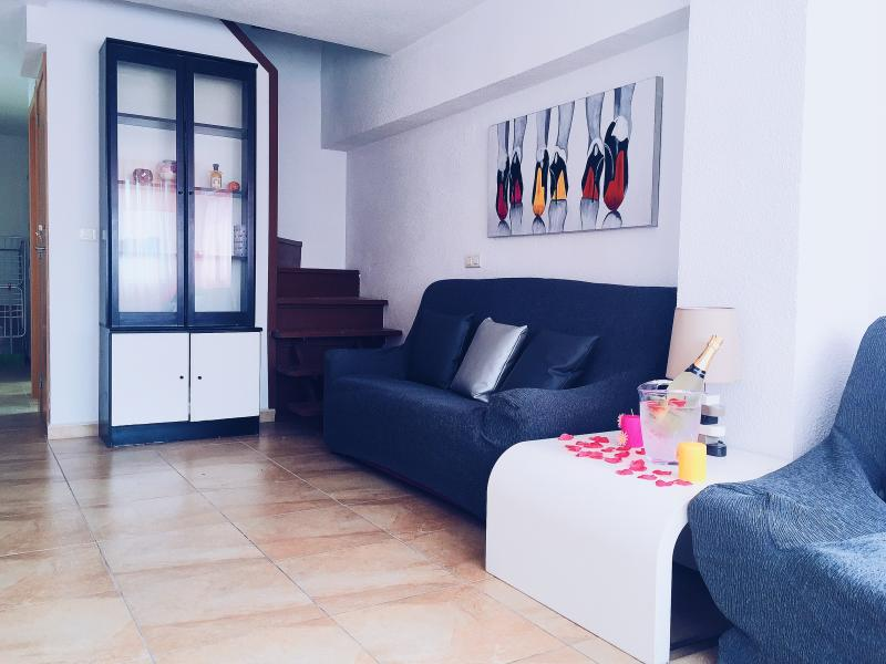 Living Room with 2 sofas, one of them is sofa-bed - Modern Duplex, 5' walk Levante Beach, WiFi free - Benidorm - rentals