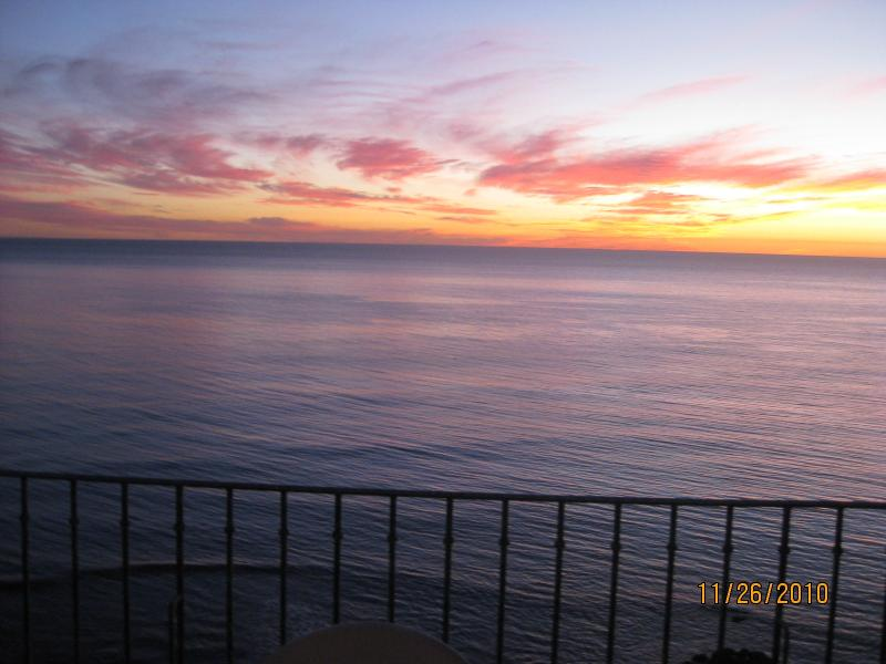 Toasting the Sunset is Tradition from your 8X24 ft. veranda Oceanfront!! - SEE VIDEO..60+ REVIEWS..OCEANFRONT w/ 24X8 veranda - Rosarito - rentals