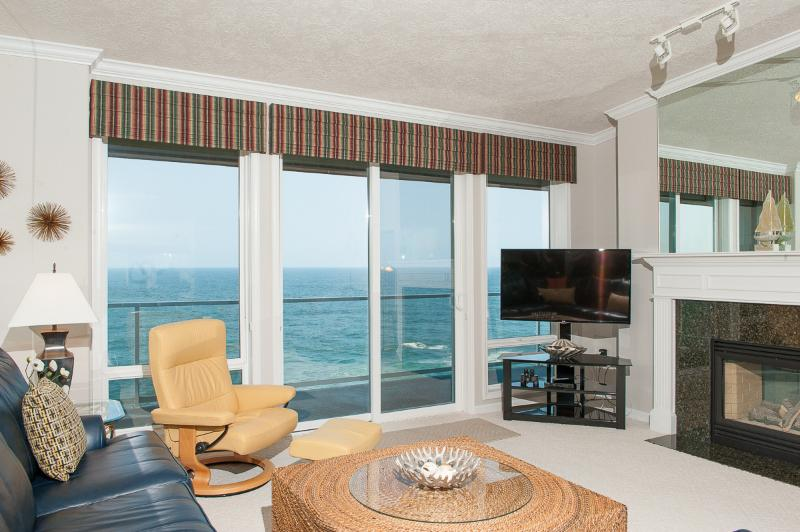 Oceanfront Views - Top Floor Oceanfront Condo-Pool, HDTV, WiFi & More - Depoe Bay - rentals