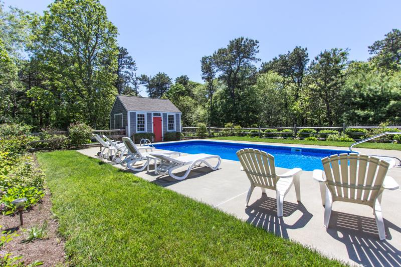 REINJ - Ferry Tickets July Weeks. Gorgeous Katama Home, Heated Pool,  Large - Image 1 - Edgartown - rentals