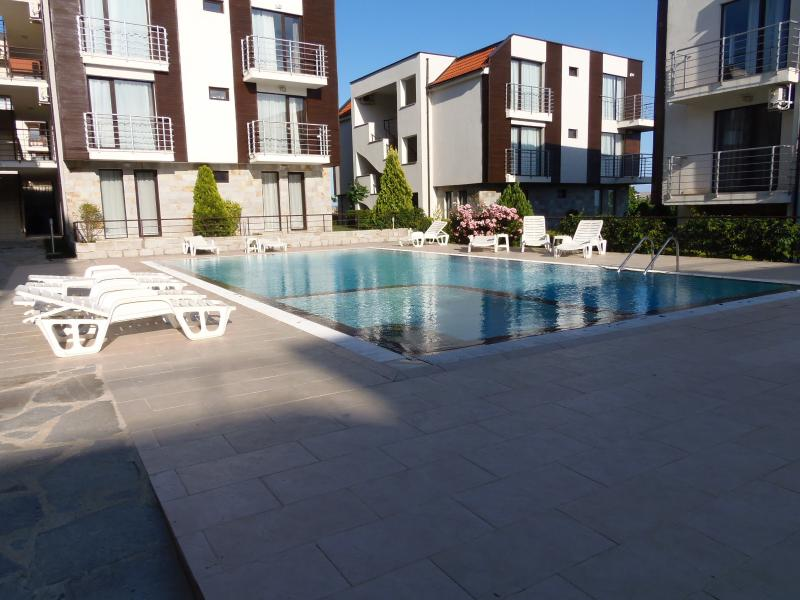 pool area - Sea View Apartment in New Line Village complex - Sunny Beach - rentals