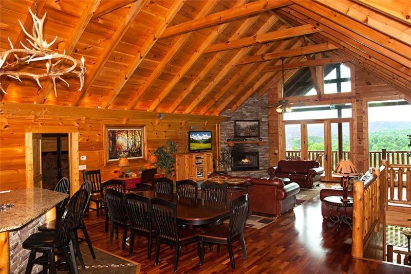 Big Thunder Lodge - Image 1 - Pigeon Forge - rentals