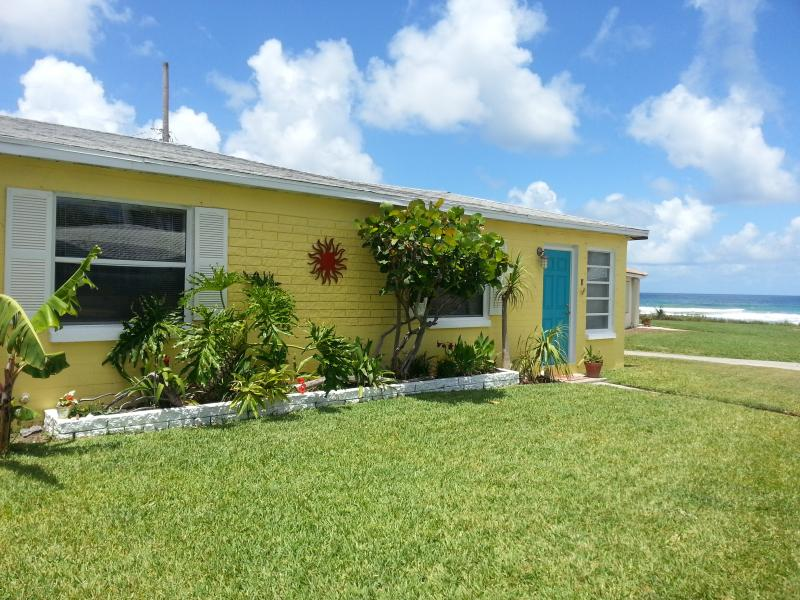Exterior overlooking ocean - Oceanfront Cottage. Winter Now Open! Pet Ok - Ormond Beach - rentals