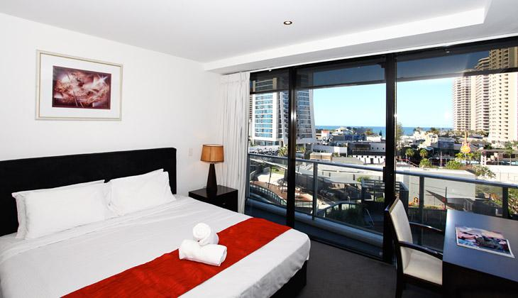 Level 7 Ocean View - Image 1 - Surfers Paradise - rentals