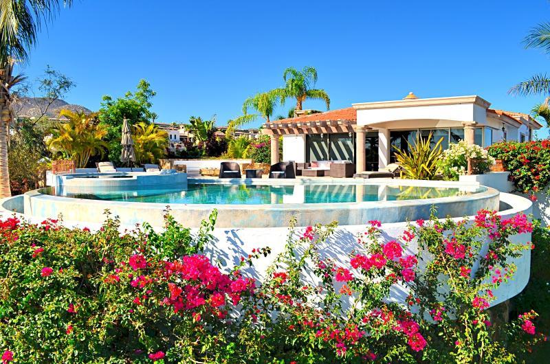 Casa M, Luxury 3 bedrooms, Cabo San Lucas Arch Vie - Image 1 - Cabo San Lucas - rentals