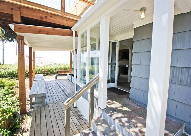 HALLIE~Across the street from the beach, Spectacular ocean views, New deck!!! - Image 1 - Manzanita - rentals