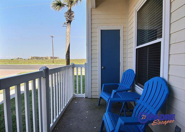 Private patio - Come enjoy the ALL NEW Gulf Front Getaway, just steps from the beach! - Corpus Christi - rentals