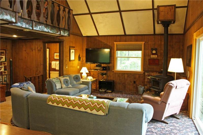 Located at Base of Powderhorn Mtn in the Western Upper Peninsula, A Cozy Home with Fantastic View of Ski Hill - Image 1 - Ironwood - rentals