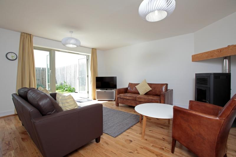 9 Sidon Mews located in Portland, Dorset - Image 1 - Portland - rentals