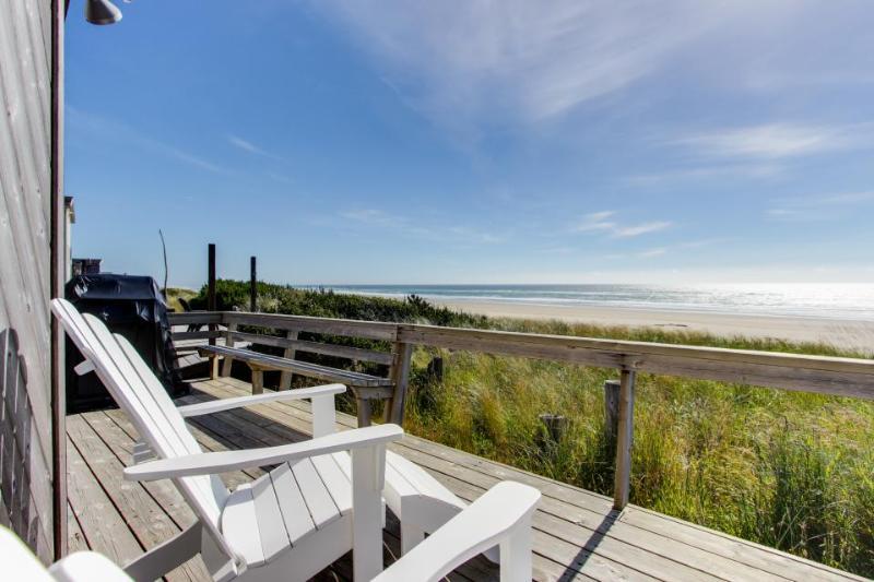 Newly remodeled, oceanfront home w/ocean views, close to sand! - Image 1 - Rockaway Beach - rentals