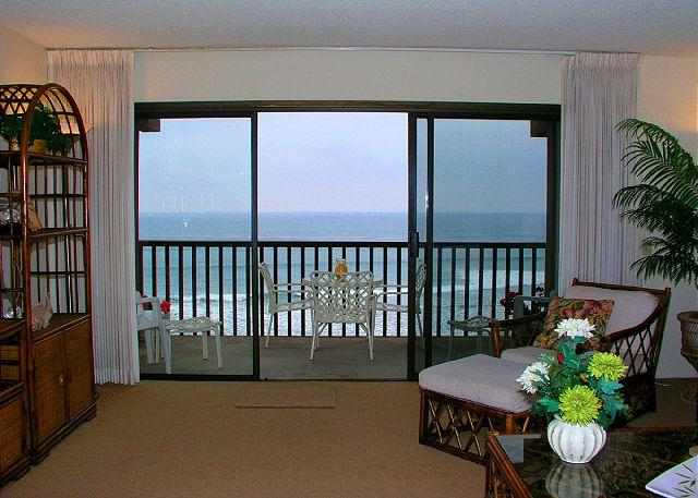 View From Living Room - 2 Bedroom, 2 Bathroom Vacation Rental in Solana Beach - (DMBC823B) - Solana Beach - rentals