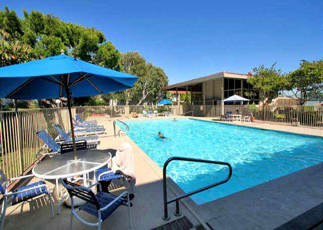 Complex Pool - 2 Bedroom, 2 Bathroom Vacation Rental in Solana Beach - (SBTC212) - Solana Beach - rentals