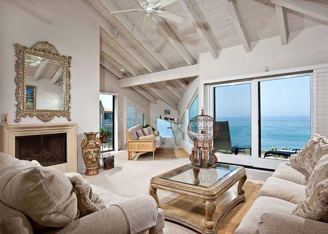 Living room - 2 Bedroom, 2 Bathroom Vacation Rental in Solana Beach - (SONG68) - Solana Beach - rentals