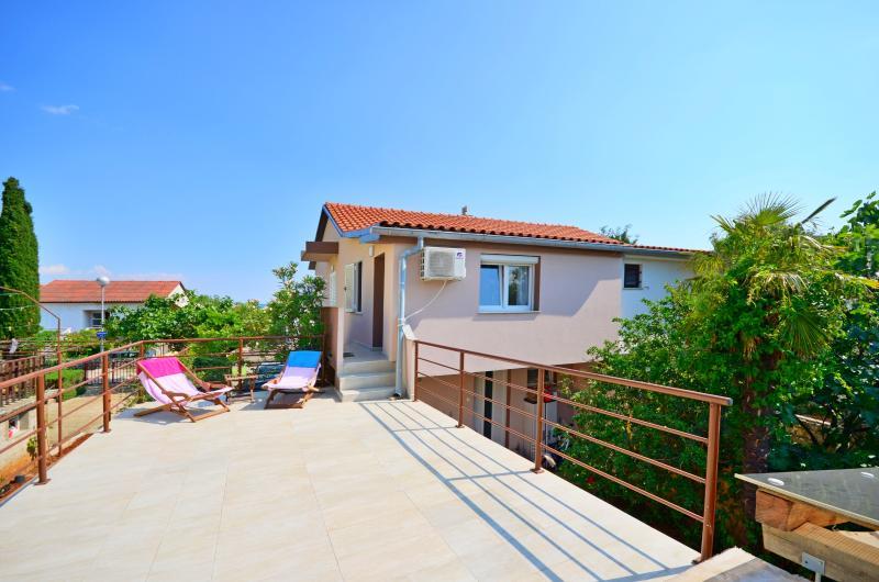 Apartments Ivan - 67541-A1 - Image 1 - Krk - rentals