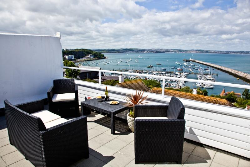 Lyme View Too! located in Brixham, Devon - Image 1 - Brixham - rentals