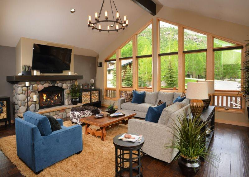 Living Room - Enjoy this luxurious vacation home conveniently located in Vail in a quiet cul-de-sac, along-side the free shuttle route. - Vail - rentals