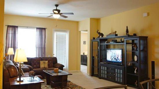 Luxurious 3 Bedroom Condo Next to the Orange County Convention Center. 5049SL-401 - Image 1 - Orlando - rentals