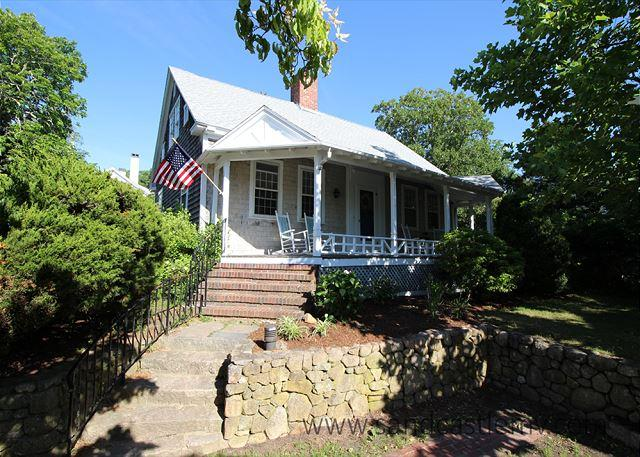Charming In-Town Home with Central Air Conditioning - Image 1 - Vineyard Haven - rentals