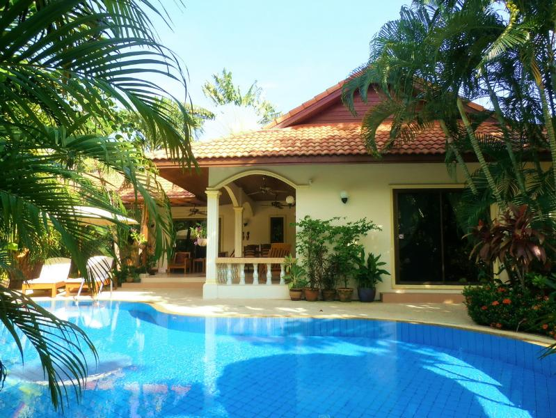 "Beautiful Paradise Bay Villa - ""PARADISE BAY"" Stunning Coconut Private Pool Villa - Rawai - rentals"