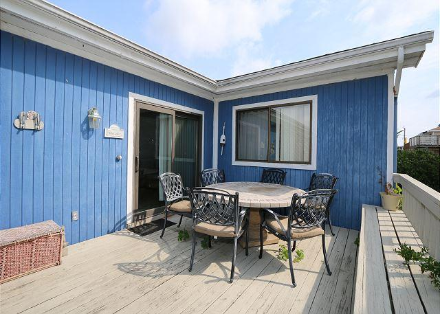 Just Max - Centrally located two bedroom duplex with a fenced in back yard - Image 1 - Wrightsville Beach - rentals