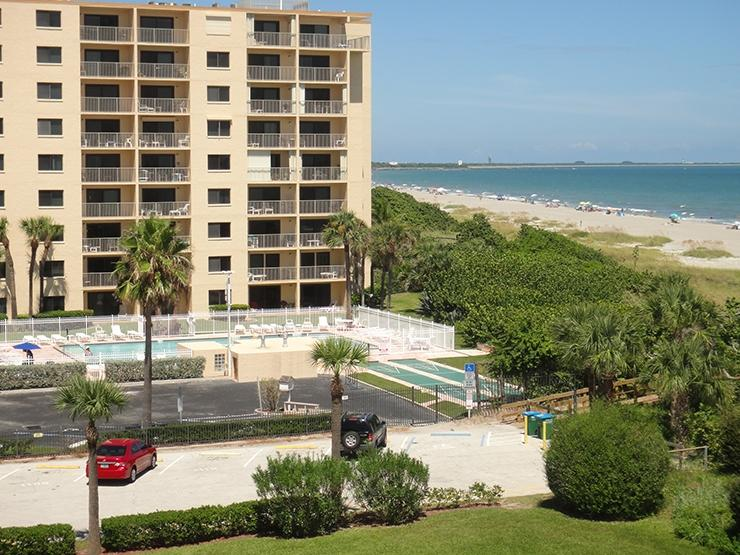 7520 Ridgewood Ave Unit #201 :: Cape Canaveral Vacation Rental - Image 1 - Cape Canaveral - rentals