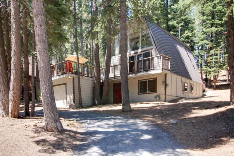 Open, bright A-frame home with a fun-filled game room & great location - Image 1 - Tahoe City - rentals