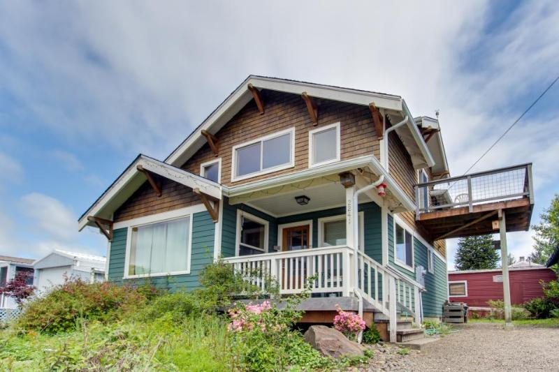 Lovely home w/ ocean views, private hot tub & entertainment - dogs welcome! - Image 1 - Netarts - rentals