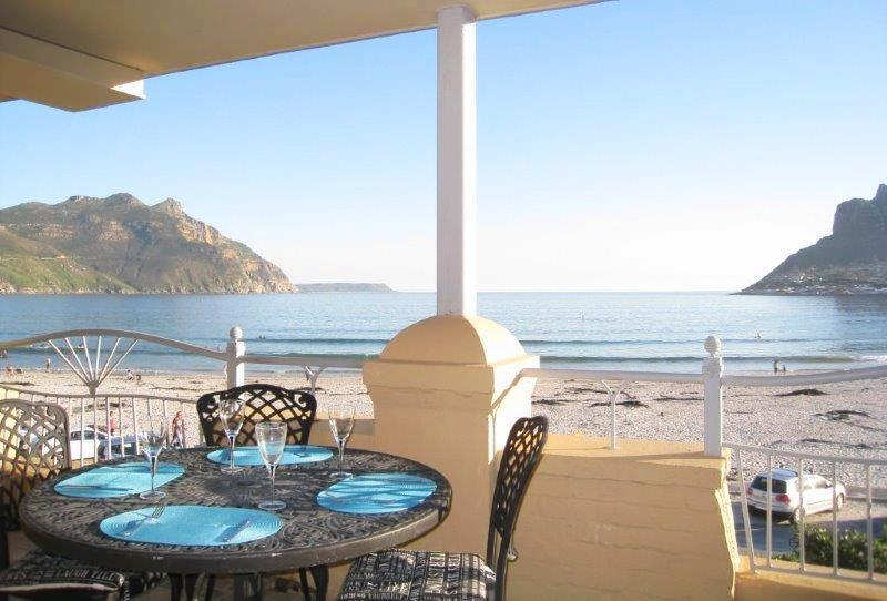 Overlooking entrance to the Bay - 26 On Beach - Spectacular sea view Hout Bay - Hout Bay - rentals