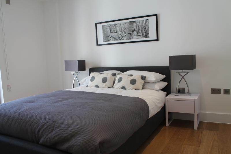 luxurious & Spacious MoLi Notting Hill 2 Bed Apt - Image 1 - London - rentals