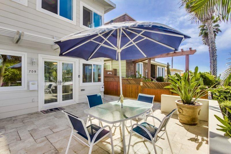 Don`s Law Street Lodgings: Lovely 2 bed/2bath condo with Ocean view patio, 5 - Image 1 - San Diego - rentals