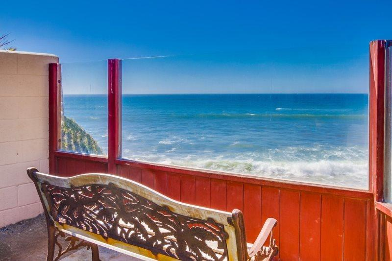 Another stunning ocean view from the bench at the end of the Shared Patio - The Martinique Ocean Front Condo: Pet friendly with hot tub & fire pit - Pacific Beach - rentals