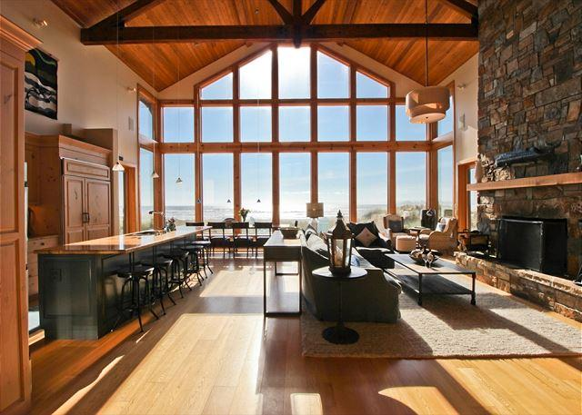 HOLLIDAY~Luxurious ocean front home with spectacular views!!! - Image 1 - Manzanita - rentals