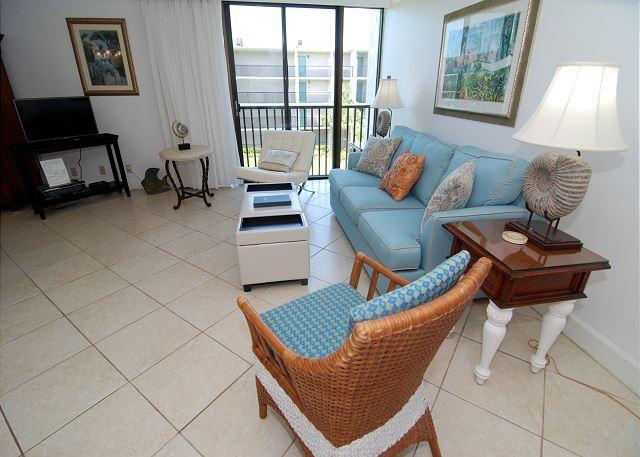 Living Room - One bedroom condo at the Sundial Beach Resort - Sanibel Island - rentals