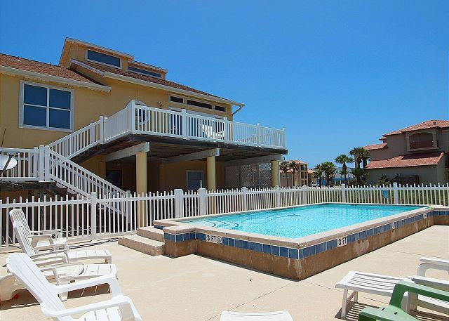 Private Pool - Mariners Watch,Private Pool, Beach Walkover, Huge outdoor decks, Pet Friendly - Port Aransas - rentals