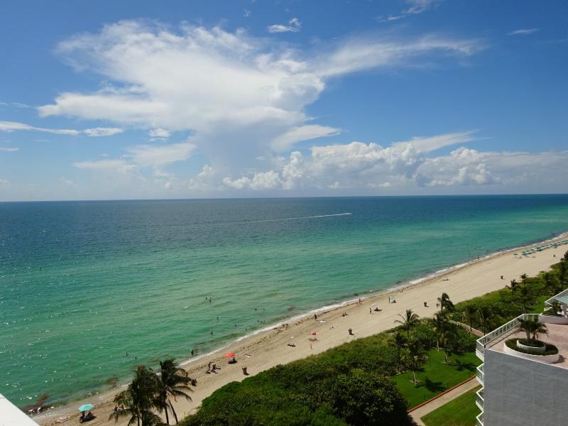 AMAZING OCEAN VIEWS! - EXCLUSIVE, UNIQUE OCEAN FRONT UNIT! WOW HUGE PATIO - Sunny Isles Beach - rentals