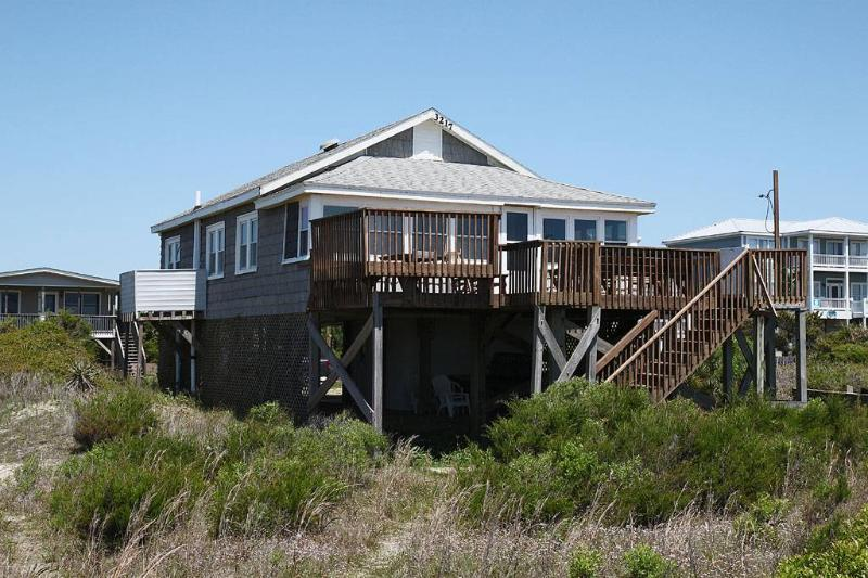 Beside the Sea 3217 East Beach Drive - Image 1 - Oak Island - rentals