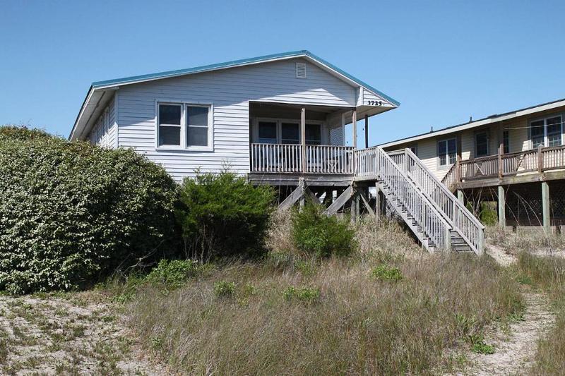 Turtle Sands 3725 E. Beach Drive - Image 1 - Oak Island - rentals