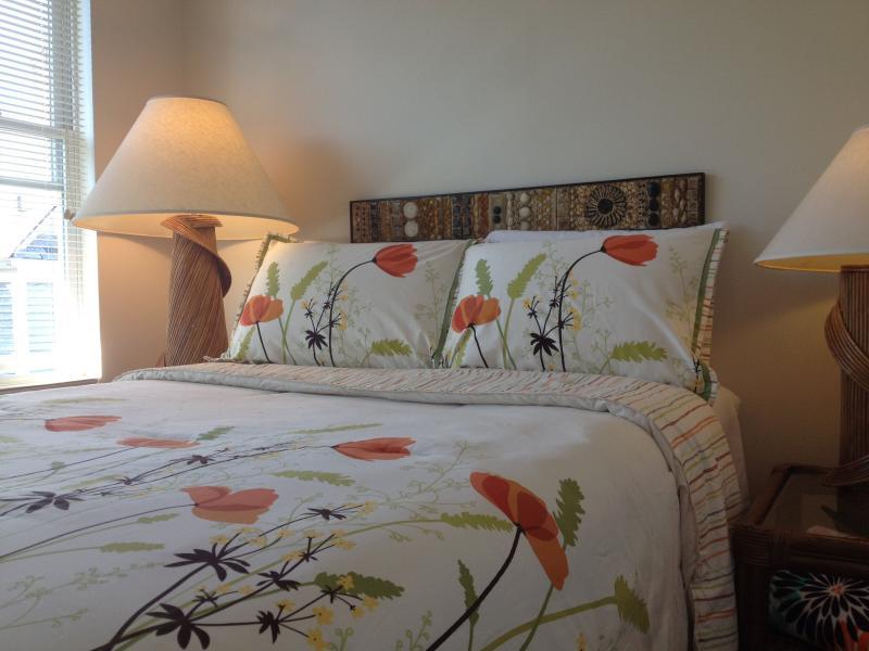 Tiki Apartment, Rockaway Beach! - Image 1 - Rockaway Park - rentals