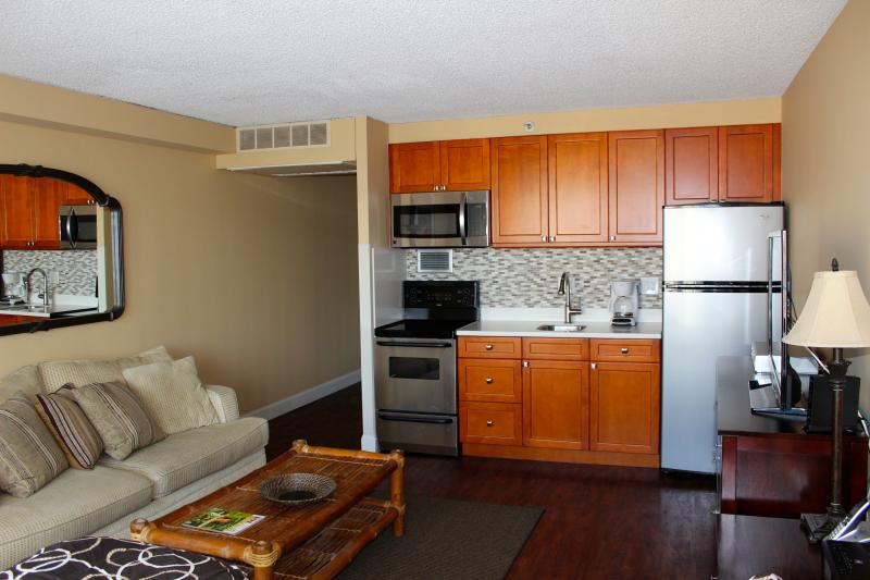 Marine Surf condo's Free Parking/Free WiFi - Image 1 - Honolulu - rentals