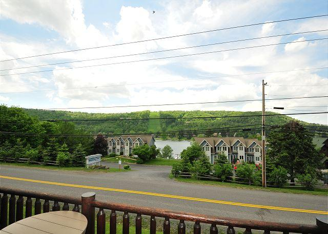 Deck View - Lovely luxury villa w/ lake & ski slope views! - McHenry - rentals