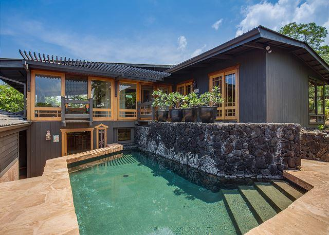 Private Pool - www.konacoastvacations.com - Amazing Architecturally Designed 4 Bed, 3.5 bath Estate In Kahalu'u Bay-PHKoihal - Kailua-Kona - rentals