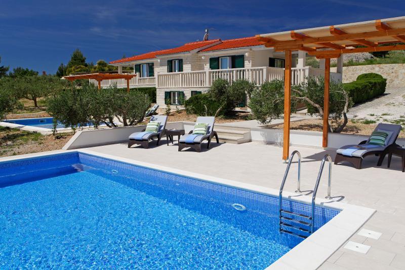 AdriaBol Luxury Villa with pool Oliva 2 - Image 1 - Bol - rentals