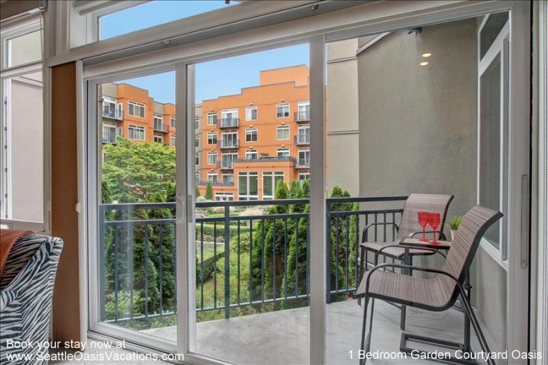 1 Bedroom Garden Courtyard View Oasis - Image 1 - Seattle - rentals