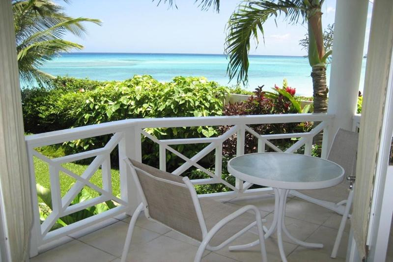 B14641a.jpg - Nautilus - Cosy Beachfront Condo - Christ Church - rentals