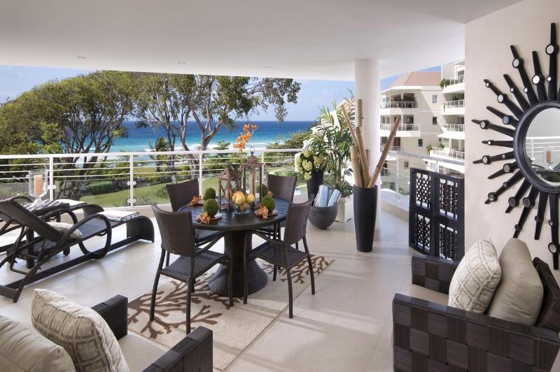 DWELLINGS MAR-10 PATIO.jpg - Palm Beach 405 - Christ Church - rentals